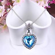 Dame Halskædevedhæng Safir Hjerteformet Østrigsk krystal Legering Kærlighed Mode kostume smykker Smykker Til Bryllup Fest Speciel