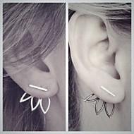 Naisten Niittikorvakorut Kaksipuoliset korvakorut Yksinkertainen Kukka Eurooppalainen pukukorut Metalliseos Flower Shape Korut