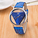 cheap Car Mounts & Holders-Women's Wrist Watch Quartz Quilted PU Leather Black / White / Blue Hollow Engraving / Analog Ladies Casual Fashion - Dark Blue Red Pink