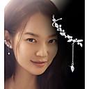 hesapli Küpeler-Kadın's Kristal Püskül Vidali Küpeler / Eşleşmeyen Küpeler / Kulak Tırmanışçıları - Som Gümüş, Kristal Kişiselleştirilmiş, Moda Gümüş Uyumluluk Günlük / Dışarı Çıkma