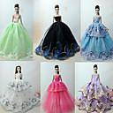 hesapli Fırın Araçları ve Gereçleri-Prenses Lolita / Zarif / Balo Elbiseler 6 pcs İçin Barbie Bebek organza Oyuncak Bebek Giysileri İçin Kız Oyuncak bebek