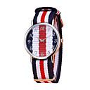 preiswerte Uhren Herren-Herrn Uhr Armbanduhr Quartz Nylon Blau / Rot / Grün Chronograph Armbanduhren für den Alltag bezaubernd Analog Modisch Mehrfarbig Perle Leicht Grün Elfenbein / Ein Jahr