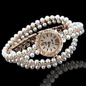 Dame Moteklokke Armbåndsur Unike kreative Watch Quartz Imitasjon Diamant Legering Band Analog Glitrende Bohemsk Perler Gylden - Hvit