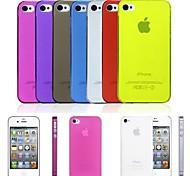 Недорогие -С. ультра тонкий 0,01 дюйма / 0,3 мм мягкий чехол для iPhone 4 / 4s (разных цветов)