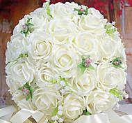 Недорогие -Букет из 30 ре моделирования розы свадебный букет невесте венчания с цветами в руках, белый