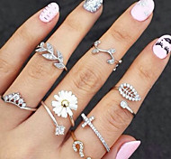 cheap -Women's Rhinestone Imitation Diamond Alloy Leaf Knuckle Ring - Leaf Flower Basic Fashion Gold Silver Ring For Party Daily Casual