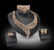 Women's Pearl Synthetic Diamond Luxury Wedding Party Synthetic Gemstones Pearl Rhinestone Gold Plated 18K gold Imitation Diamond Alloy