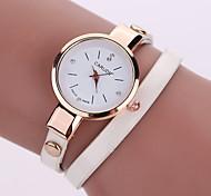 Женские Модные часы Повседневные часы Кварцевый Кожа Группа БогемныеЧерный Белый Синий Серебристый металл Красный Коричневый Зеленый