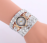 cheap -Women's Wrist Watch Leather Band Charm / Sparkle / Vintage Black / Silver / Red