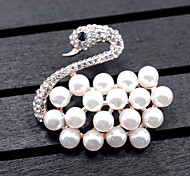 Women's Swan Brooches Imitation Pearl Animal Design Alloy Animal Shape Jewelry ForWedding Party Special Occasion Party/Evening Party/ Evening