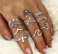 cheap -Women's Crystal / Rhinestone Crystal / Alloy Leaf - Waves Geometric / Cross Silver Ring For Casual / Formal