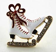 Недорогие -Муж. Жен. Броши Стразы Простой Классический Искусственный бриллиант Сплав Обувь на высоких каблуках Бижутерия Назначение Рождество