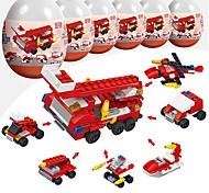 Недорогие -Конструкторы 216pcs Армия Стресс и тревога помощи / Взаимодействие родителей и детей Пожарная машина Подарок