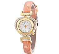 cheap -Women's Bracelet Watch Chinese Imitation Diamond / Casual Watch PU Band Heart shape / Fashion Black / Blue / Red