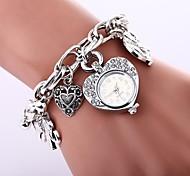 cheap -Women's Quartz Bracelet Watch Chinese Imitation Diamond Casual Watch Alloy Band Heart shape Bohemian Silver Gold