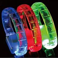 halpa LED-yövalot-hallowmas pikkujoulut johtivat flash rannekoru lelut (random väri)