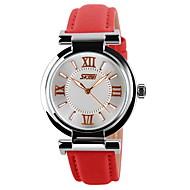 Недорогие Фирменные часы-SKMEI Жен. Наручные часы Повседневные часы Кожа Группа Блестящие Черный / Белый / Синий
