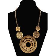 Γυναικεία Κολιέ Δήλωση μακρύ κολιέ Μοντέρνο κυρίες Ευρωπαϊκό Μοντέρνα Χρυσό Χρώμα Οθόνης Κολιέ Κοσμήματα Για