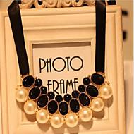 Ожерелье Ожерелья с подвесками / Жемчужные ожерелья Бижутерия Для вечеринок / Повседневные Жемчуг / Сплав / Драгоценный каменьЧерный /