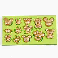 お買い得  キッチン用小物-ベーキングモールド 漫画の形 チョコレート パイ ケーキ シリコーン エコ DIY ホリデー