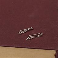 Недорогие $0.99 Модное ювелирное украшение-Жен. Серьги-гвоздики - В форме листа Природа, Мода, Баланс сил Серебряный / Золотой Назначение Повседневные
