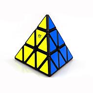 voordelige Speelgoed & Hobby's-Rubiks kubus Warrior Pyramid Soepele snelheid kubus Magische kubussen Puzzelkubus Kunststoffen Driehoek Geschenk