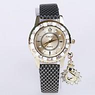 baratos Relógios para Esporte-Mulheres Quartzo Relógio de Moda Relógio Esportivo Relógio Casual Chinês Relógio Casual Tecido Banda Casual Legal Preta Branco Prata