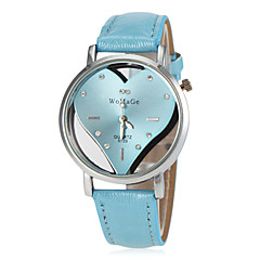 preiswerte Tolle Angebote auf Uhren-Damen Armbanduhr Schlussverkauf PU Band Heart Shape / Modisch Schwarz / Weiß / Blau