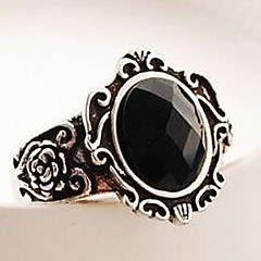 preiswerte Ringe-Classic Black Gem Flower Pattern Statement Ring(1 Pc)