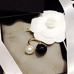 preiswerte Ringe-Damen Statement-Ring - Perle, Künstliche Perle, Harz Geburtssteine, Ohne Verschluss Verstellbar Weiß / Schwarz Für Hochzeit / Party / Alltag / Schwarze Perle / Aleación