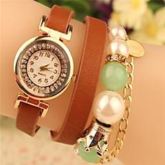 preiswerte Damenuhren-Damen Armbanduhr Schlussverkauf Leder Band Freizeit / Böhmische / Perlen Schwarz / Weiß / Rot