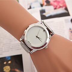 preiswerte Tolle Angebote auf Uhren-Damen Modeuhr Kleideruhr Armbanduhr Quartz Legierung Band Charme Schmetterling Silber - Weiß Schwarz Gelb