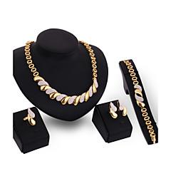 Dames Sieraden Set Armband Ring Festival/Feestdagen Opvallende sieraden Kostuum juwelen 18K goud Sieraden Oorbellen Ketting Armband Ring