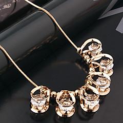 Női Rövid nyakláncok Nyilatkozat nyakláncok Kristály Strassz utánzat Diamond Ötvözet luxus ékszer Fekete Ezüst Aranyozott ÉkszerekEsküvő