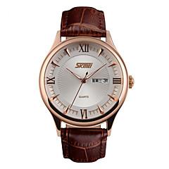 preiswerte Tolle Angebote auf Uhren-SKMEI Herrn Armbanduhr Quartz 30 m Wasserdicht Kalender Cool Leder Band Analog Luxus Modisch Schwarz / Braun - Blau Gold / Weiß Goldenschwarz
