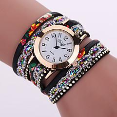 preiswerte Damenuhren-Damen Quartz Armbanduhr / Armband-Uhr Cool Legierung Band Charme / Glanz / Retro / Freizeit / Böhmische / Modisch / Armreif Schwarz /