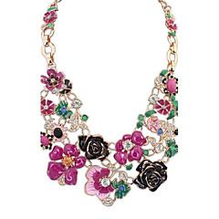 Női Nyilatkozat nyakláncok Strassz Flower Shape Ötvözet Virágos Virágok aranyos stílus Ékszerek Kompatibilitás Parti Születésnap