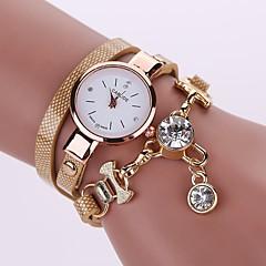 preiswerte Damenuhren-Damen Armband-Uhr Chinesisch Armbanduhren für den Alltag / Imitation Diamant PU Band Freizeit / Modisch Schwarz / Weiß / Blau / Ein Jahr