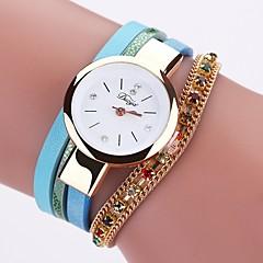 preiswerte Damenuhren-Damen Armbanduhr Quartz Neues Design Armbanduhren für den Alltag PU Band Analog Modisch Elegant Schwarz / Weiß / Blau - Blau Rosa Hellblau Ein Jahr Batterielebensdauer
