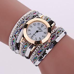 billige Modeure-Dame Luksus Ure Armbåndsur Diamond Watch Quartz Sort / Hvid / Blåt Sej Analog Damer Vedhæng Glitrende Vintage Afslappet - Rød Grøn Lyseblå Et år Batteri Levetid