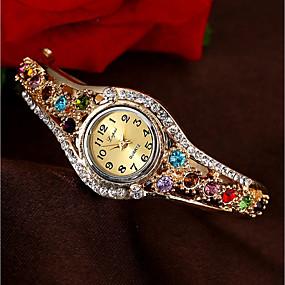 preiswerte Schmuck & Uhren-Damen Uhr Luxus-Armbanduhren Modeuhr Armband-Uhr Quartz Legierung Gold Wasserdicht Chronograph Armbanduhren für den Alltag Analog Armreif Mehrfarbig Weihnachten Purpur Fuchsia Blau und Lila