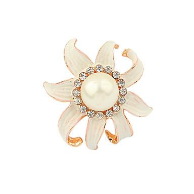 Chapado en oro de la aleación de la perla de acrílico anillo de la flor del patrón
