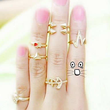 European Women's Gold Alloy Triangle Anchor Arrow Statement Rings(More Styles)(1 Set)