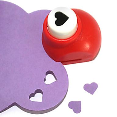 ferramenta de corte diy mini-metal padrão soco coração (cor aleatória)