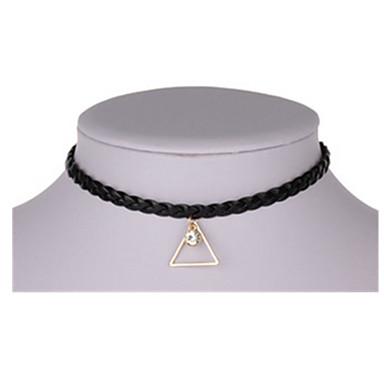 Kadın Uçlu Kolyeler Triangle Shape alaşım Basic Tasarım Mücevher Uyumluluk Parti Günlük