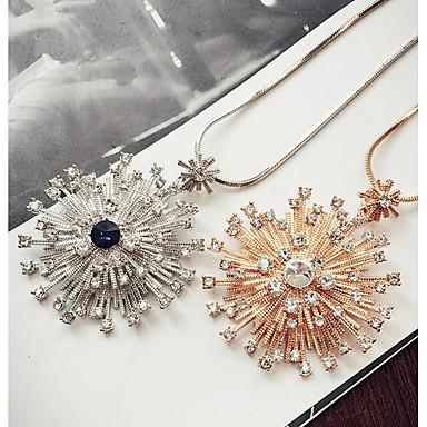 Kadın's Uçlu Kolyeler Kristal Eşsiz Tasarım Moda Euramerican Çiçekli Mücevher Uyumluluk Düğün Parti Doğumgünü