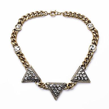 Naisten Säikeet Kaulakorut Triangle Shape Personoitu ylellisyyttä koruja Musta Korut Varten Häät 1kpl