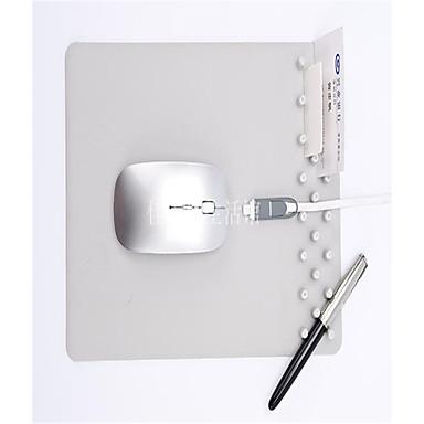 Dikke multifunctionele schrijfblok met een pen in de anti-slip muisstootkussen geplaatst