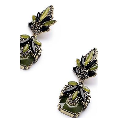Pentru femei Cercei Picătură Diamant sintetic Stil Atârnat Pandantiv Clasic Bijuterii Statement Euramerican Modă Oțel titan Pătrat