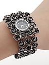검은 색 czechic 다이아몬드 장식과 여성의 검은 색 팔찌 시계